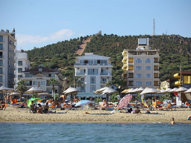 Adžem plaža
