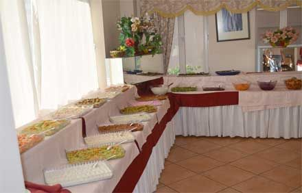 Grand Milano svedski sto